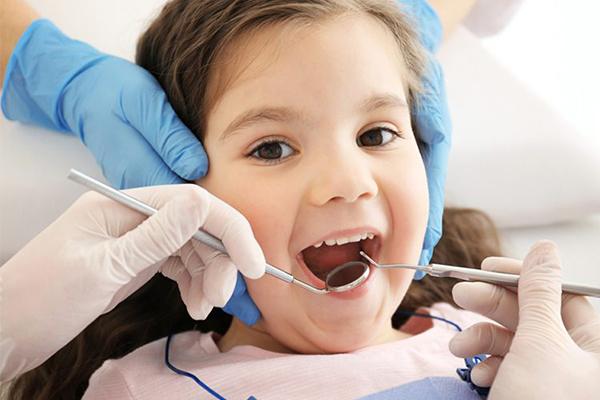 çocuklar için diş tedaviler, diş tedavisi çocuklar için