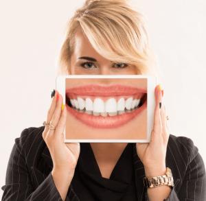 diş beyazlatma tedavisi zararlı mıdır