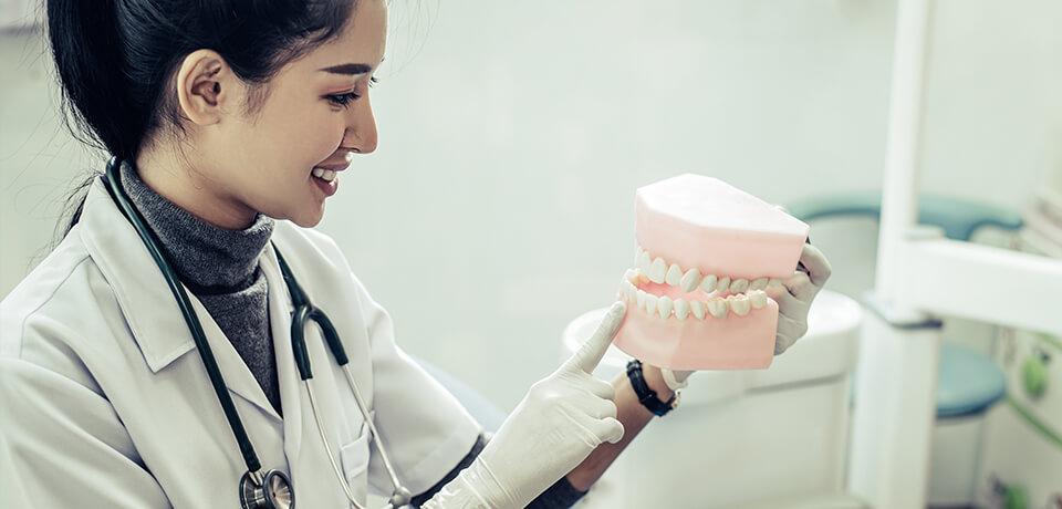nişantaşı protez diş tedavisi, protez diş tedavisi nişantaşı, protez diş ile eski gülüşler