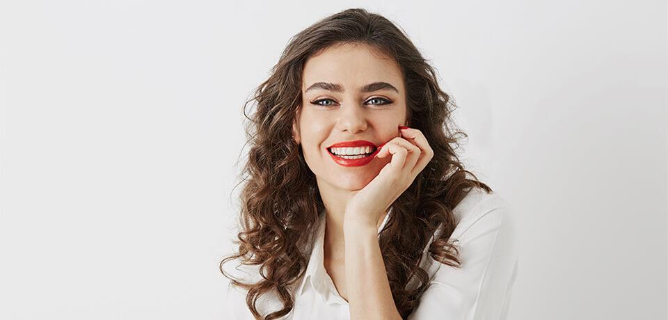 yaprak porselen tedavisi, porselen diş tedavisi, nişantaşı porselen diş tedavisi