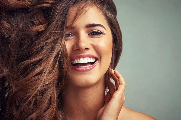 hollywood smile uygulamasi, hollywood gülüş tasarımı uygulaması